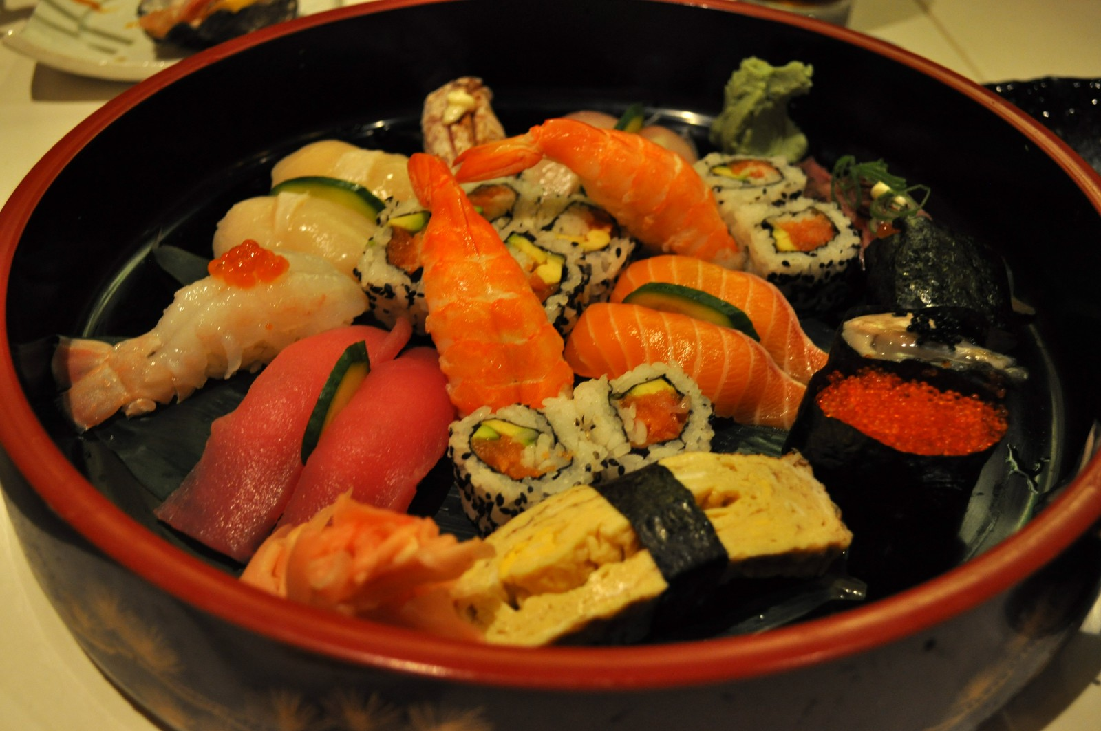 Mixed sushi platter