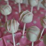 Easy peasy white chocolate pink cake pops