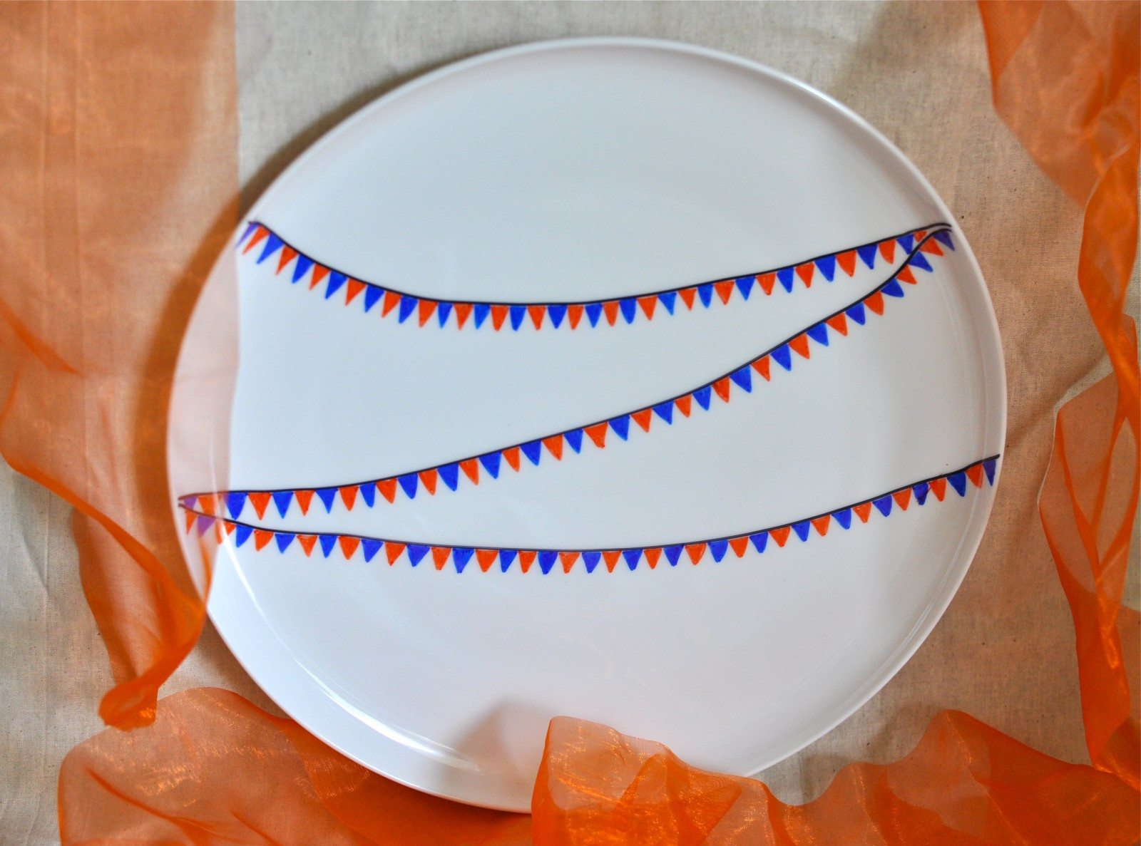 DIY personalised pretty plate