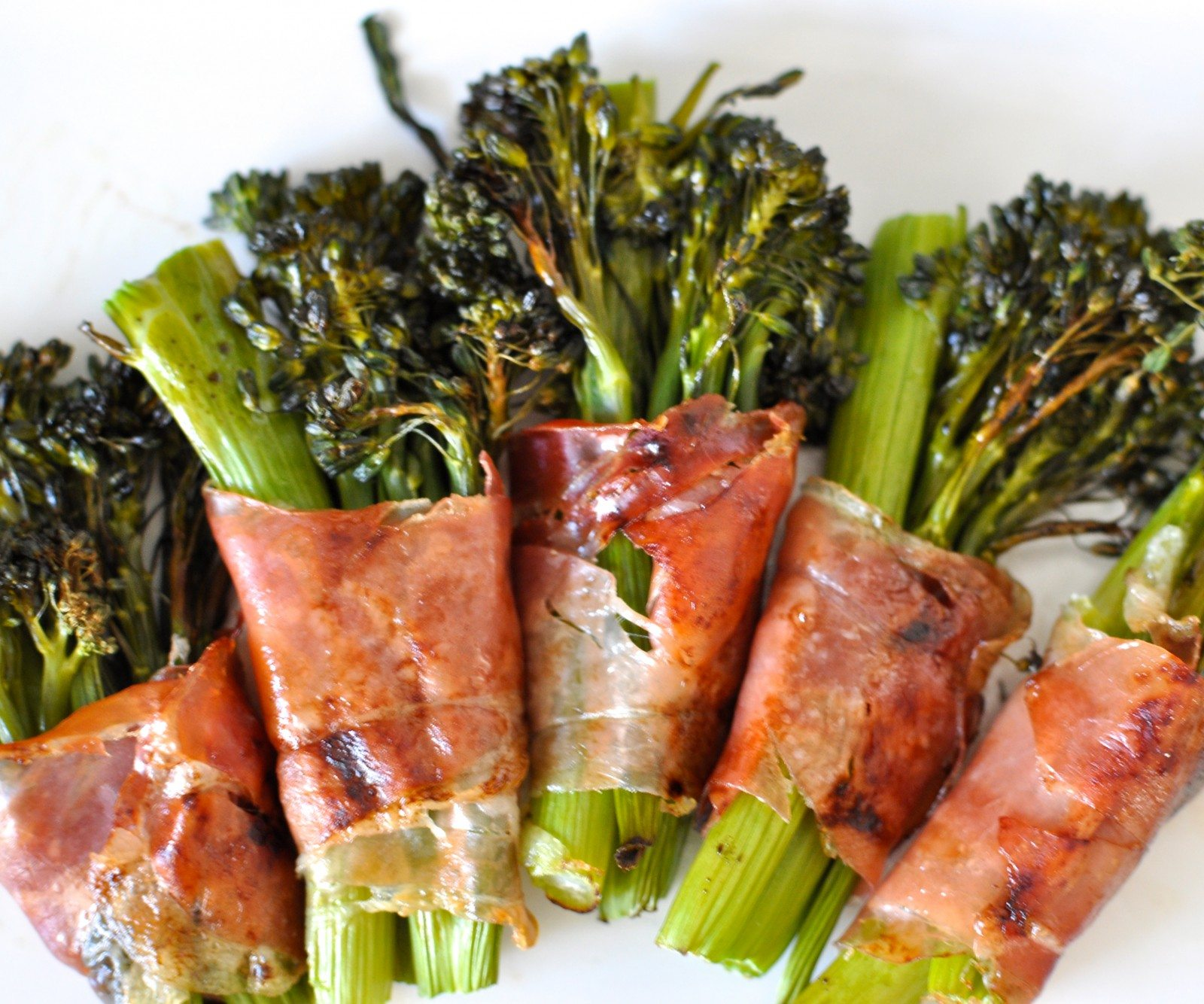 Roast broccolini &amp; prosciutto bundles