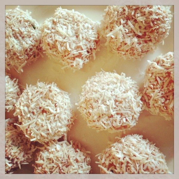 Chicken 'lamingtons'