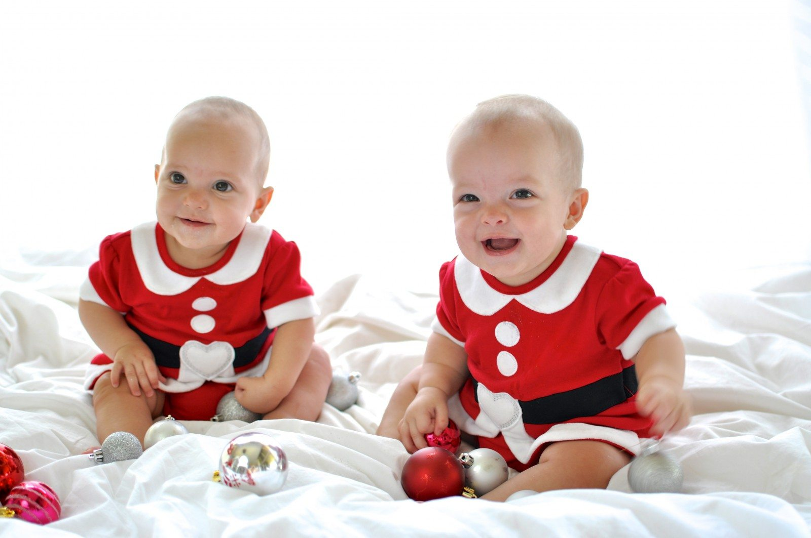 Santa&#039;s gorgeous little helpers