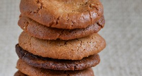 Gluten free cinnamon macadamia biscuits